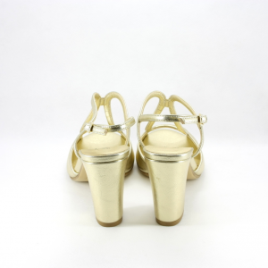 Sandalo cerimonia donna con tacco grosso colore oro.