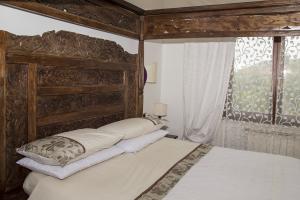 Camere Da Letto Con Letto A Baldacchino : Letto a baldacchino in legno. letto baldacchino in legno di teka