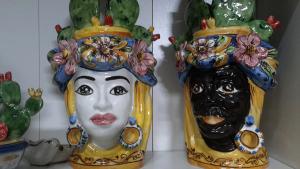 Testa Ceramica Siciliana Caltagirone  uomo Fichi cm 33
