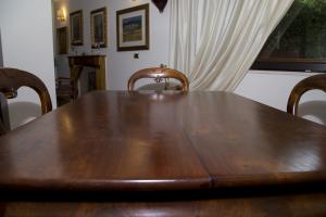 Tavolo in mogano dell' 800
