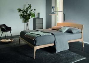 Nice letto in legno
