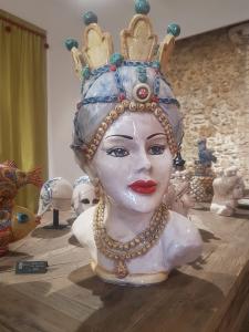 Testa di moro in ceramica Caltagirone h 58