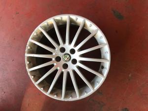 Cerchi in lega Alfa romeo GT usati originali dm 17