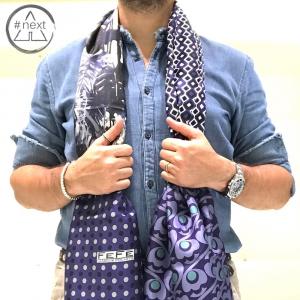 Fefè Glamour - sciarpa 100% seta twill - Mix fantasia base blu.