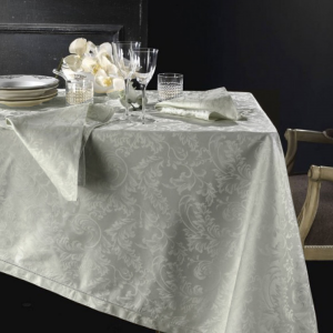 Tovaglia PIAZZA PITTI 180x360 cm in fiandra con 18 tovaglioli grigio perla Manuela
