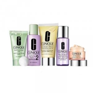 Clinique Daily Essentials Combination Skin  Set 5 Parti 2018