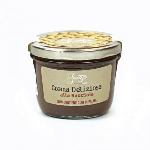Crema spalmabile alla nocciola, confezionato in vasetto da 200 gr
