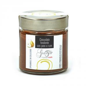 Spalmabile al cioccolato fondente con pera e rum, confezionato in vasetto da 200 gr