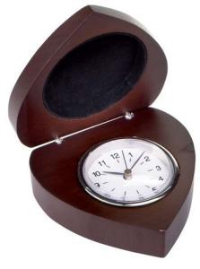 Orologio in legno cuore cm.9,5x9,3x3,5h