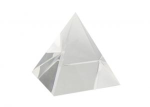 Piramide in cristallo cm.9,8x9,8x9,8h