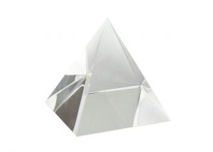 Fermacarte a foma di Piramide in vetro cm.6x6x6h