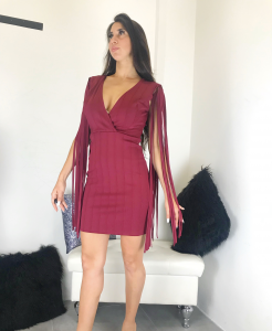Abito corto donna in tessuto bandage smanicato con frange  e scollo a V realizzato in Italia TG unica