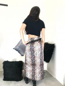 Top donna corto manica corta in tessuto misto lana nero TG unica