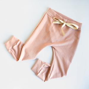 Pantalone cavallo basso rosa in cotone biologico