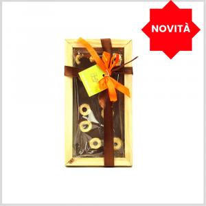 Tavoletta di Cioccolato fondente al 61% con olive verdi, gr 80 con cornice in legno