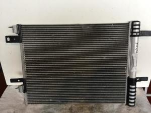 Condensatore aria condizionata usato originale Peugeot 3008 2016>