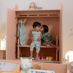 CasaCocò Tana armadio in legno di pioppio Cocò&Design Vari colori