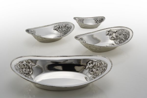 Cestino ovale stile cesellato argentato argento sheffield cm.32x20x7,5h