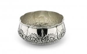 Ciotola tonda argentata argento sheffield stile cesellato cm.diam.20