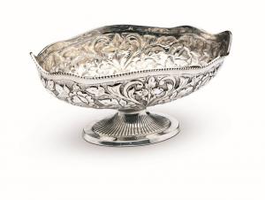 Fruttiera ovale argentato argento sheffield stile cesellato cm.30x19x16h