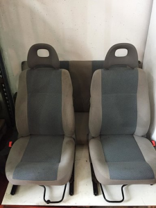 Coppia sedili anteriori usati originali Fiat 600 2005>