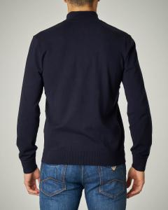 Maglia blu con chiusa colletto zip nascosta