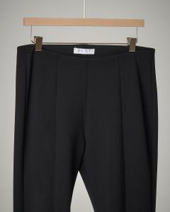 Pantalone nero flare con piercing 40-44