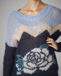 Maxi maglia a blocchi di colore con fiore sul busto