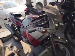 Ricambi usati Yamaha FZR