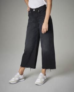 Jeans crop wide nero sfrangiato