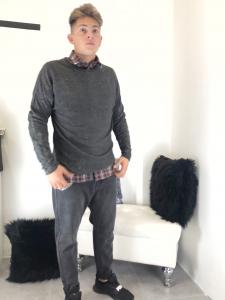 Maglione uomo in lana sottile girocollo effetto sgualcito vestibilità over-size made in italy TG S/M/L/XL