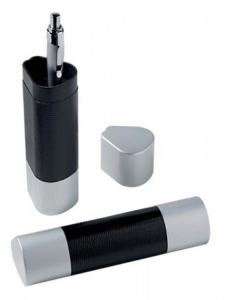 Scatola per penna simil pelle cm.4,6x4,1x15,7h