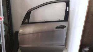 Porta anteriore sinistra sx usata originale Mercedes-benz classe a serie dal 2004 al 2013