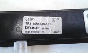 Alzacristallo elettrico porta posteriore sinistra sx usato originale Audi Q3 serie dal 2011 al 2015