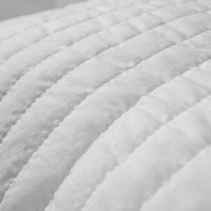 Cuscini Memory Foam Cervicale misura 40x70 alti 15 cm, Fodera Aloe Vera Oli Essenziali, Imbottitura Piuma Memory effetto Piuma D'oca, Guanciali Letto Modello Saponetta Traspirante e Indeformabile,adatti a tutti i materassi e letti