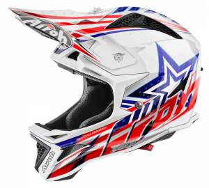 Casco Airoh Fighter Defender