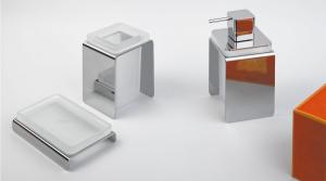 Dispenser dosa sapone da appoggio per il bagno serie Forever Colombo design