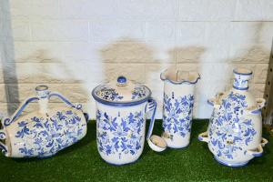 Fiasco a 4 manici in ceramica di Caltagirone