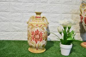 Bottiglia Fantasia in ceramica di Caltagirone