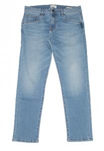 Jeans lavaggio chiaro Concept