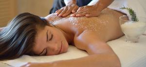 Scrub corpo più massaggio