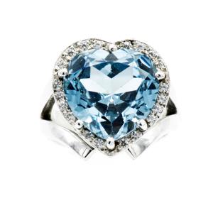 Anello cuore argento con zirconi taglio brillante