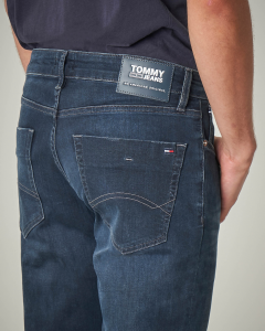 Jeans slim-fit scuro con sbiancature