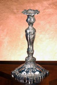 Candeliere stile cesellato cm.30h diam.15