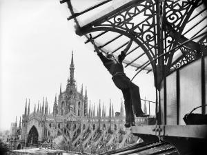 La ricostruzione della Galleria Vittorio Emanuele, 1948