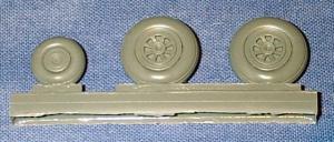 MiG-15/MiG-17bis/F-2/J-2 Bulged Wheels