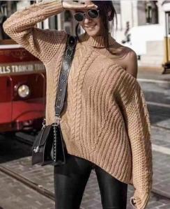 Maglione donna in misto lana lavato a treccia con spalla scoperta made in Italy TG unica