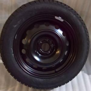 Ruota con pneumatico invernale Pirelli 205/55R16 91T Fiat 500L