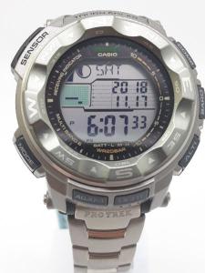 Orologio Casio Uomo PRO-TREK PRW-2500T-7ER con Altimetro barometro bussola termometro in titanio, vendita on line
