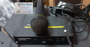 Radiomicrofono audio technica UHF